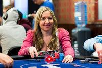 Vicky Coren-Mitchell v reakci na spuštění kasinových her rozvázala smlouvu s PokerStars
